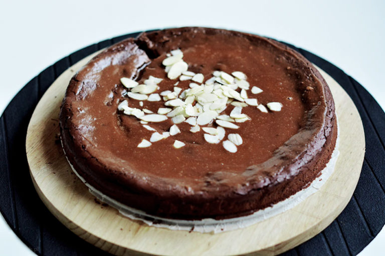 prosty tort czekoladowy