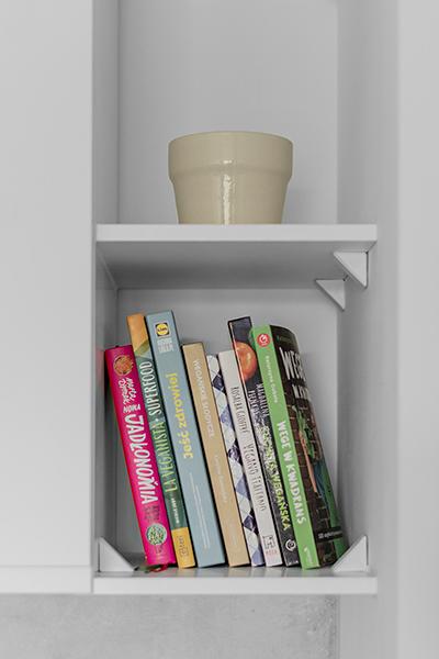 półka na książki kucharskie