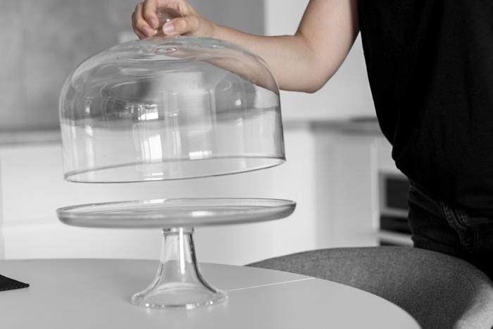 szklana patera na ciasto