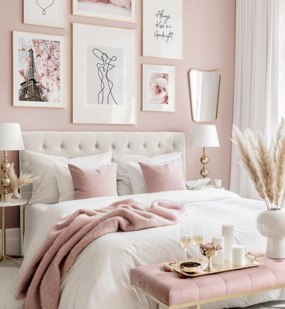galeria na różowej ścianie